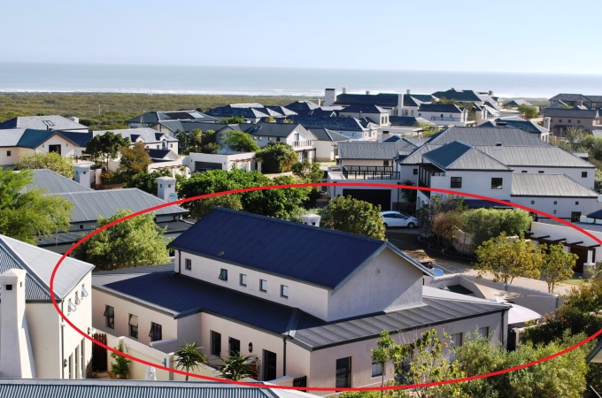 CAN YOU REALLY FIND A BETTER DEAL THAN THIS ONE? Offers invited!! R5.45m negotiable.