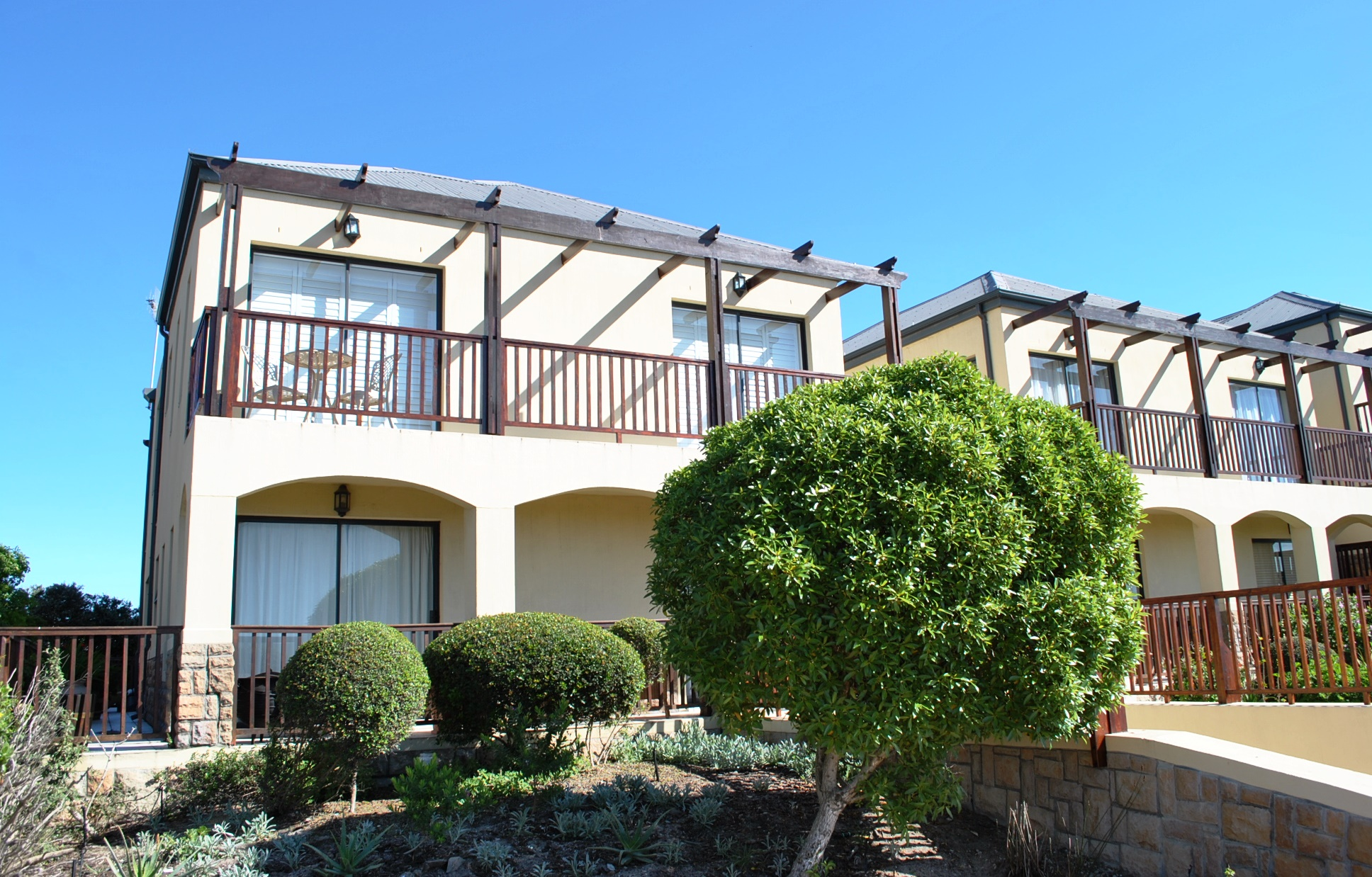 Modern Apartment At A Great Price Only R2 15m Atlantic Beach